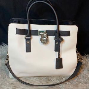 Michael Kors Black/White Hamilton *Mint condition*